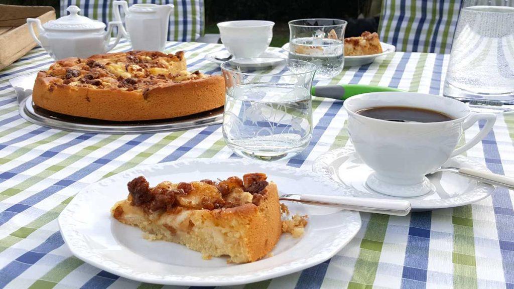 Das Leben genießen: Kaffee & Kuchen